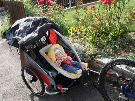 montage siege bebe velo premières balades en famille avec les sièges enfant pour