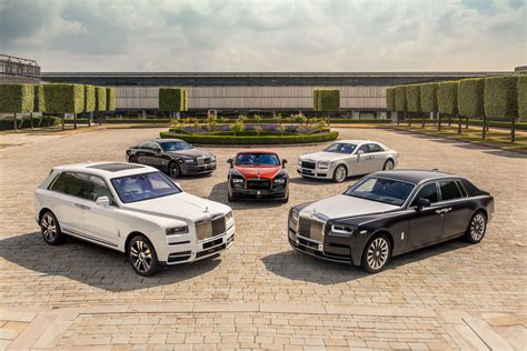 Rolls Royce Wraith Hd Picture by Rolls Royce Ghost Wraith Phantom Cullinan Hd Cars