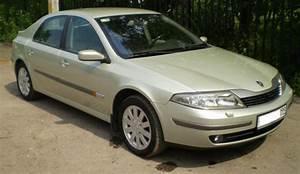 2003 Renault Laguna Images