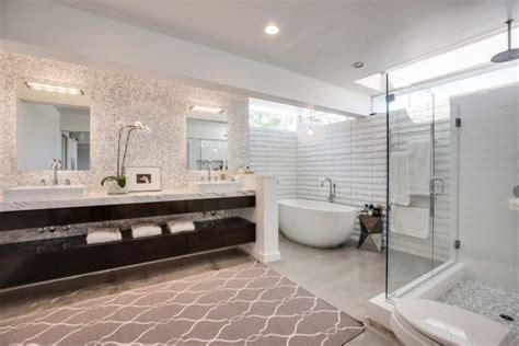 Incredibly Modern Mid-century Bathroom Interior Designs
