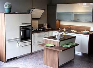 Häcker Küchen Arbeitsplatten : h cker k che magnolie hochglanz die neuesten innenarchitekturideen ~ Markanthonyermac.com Haus und Dekorationen