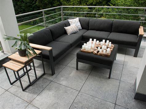 loungemoebel fuer garten terrasse ausstellung hamburg