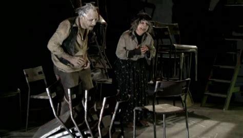 les chaises ionesco quot les chaises quot de ionesco à l 39 affiche du festival orphée à