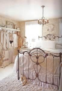 Earth Tone Bedroom Decorating Ideas by 30 Shabby Chic Bedroom Decorating Ideas Decoholic