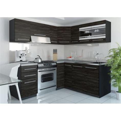 cuisine complet modele de cuisine amenagee cuisine en bois sans poigne