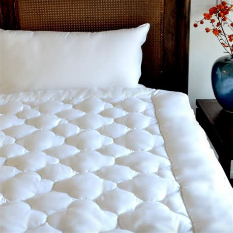 futon pad the affordable luxurious mattress pad billowy clouds