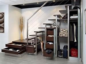 10 solutions pour amenager l39espace sous l39escalier With meuble cuisine petit espace 16 escalier maison bois moderne deco maison moderne