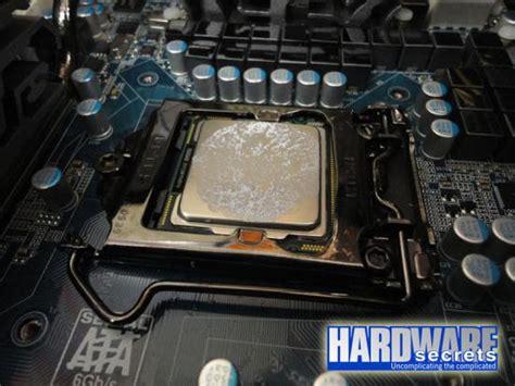 comment mettre de la pate thermique sur un processeur mais comment doit on appliquer la p 226 te thermique sur un die de processeur ou de gpu