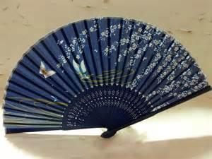 held folding fans new beautiful silk bamboo fan held