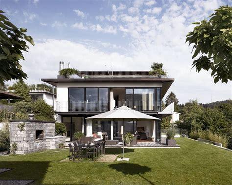 Moderne Haus Zuerich by Stylishes Wohnhaus Mit Clou