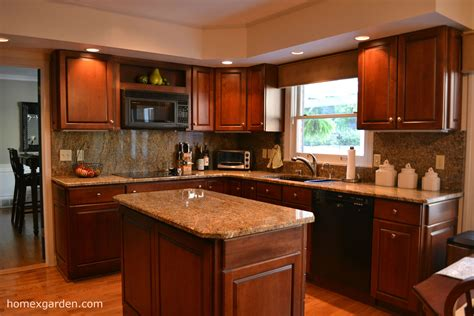 perfect kitchen paint ideas  cherry cabinets