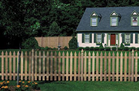 cuisine anglaise installer une clôture en bois pratique fr