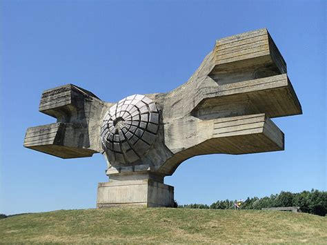 Retro Futuristic Architecture Inspirations Vintage