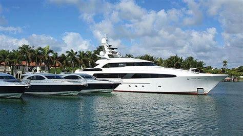 tech mogul michael saylor owner  entourage party yacht