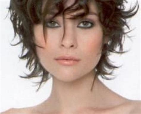 Modele coupe de cheveux court femme 50 ans