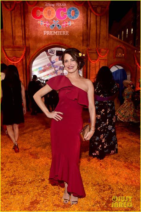 Jonathan Groff & Idina Menzel Join 'Coco' Cast at Marigold ...