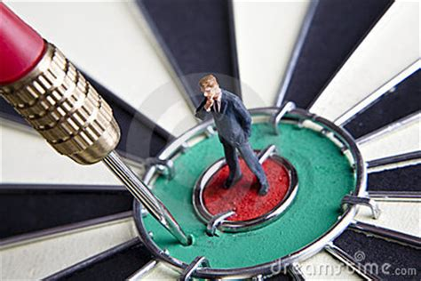 missed  target stock images image