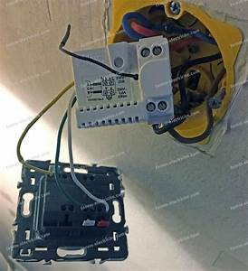 Branchement Volet électrique : probleme volet roulant electrique probl me volet roulant ~ Melissatoandfro.com Idées de Décoration