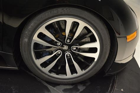 The veyron uses michelin pilot sport pax tires that are bespoke for the bugatti. Pre-Owned 2010 Bugatti Veyron 16.4 Sang Noir For Sale (Special Pricing) | Maserati of Westport ...