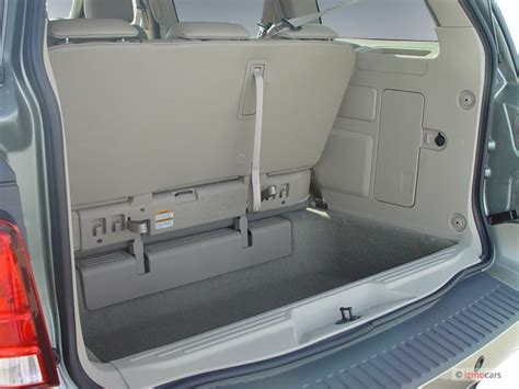 image  ford freestar  door limited trunk size