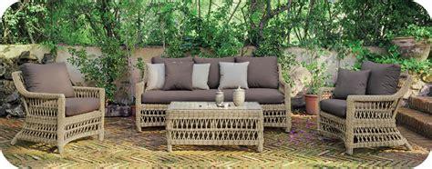 Salon de jardin exotique un indispensable de lu0026#39;amu00e9nagement du jardin I JardinDeco ...