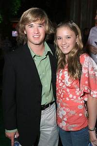 Haley Joel Osment and Emily Osment | SEXYEST MEN ALIVE ...