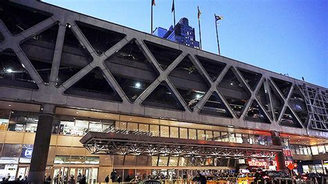 port authority explosion several injured as device goes in nyc