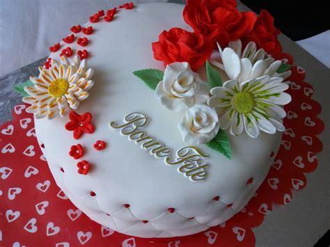cuisine simple 67 gâteau d anniversaire en pâte à sucre cuisinestyle