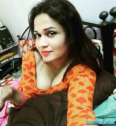 sexy desi indian girlfriend with big tits 14 photos