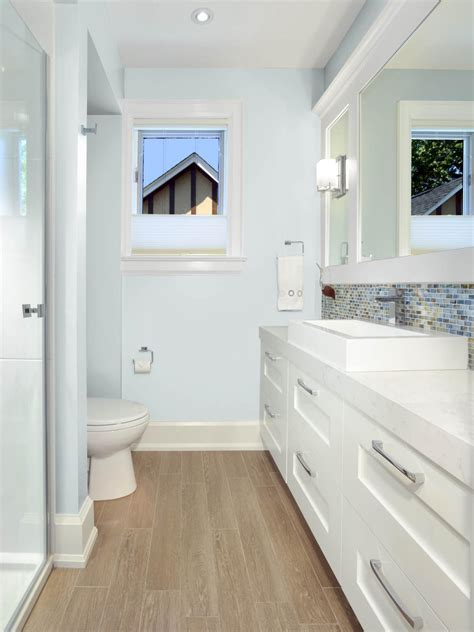 beachy bathrooms ideas coastal bathrooms hgtv