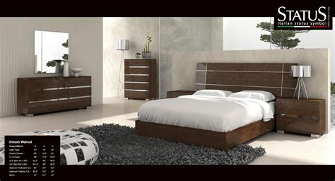 dream king size modern design bedroom set walnut  pc bed