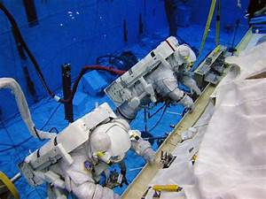 Spacewalking: Astronauts Need More than the Right Stuff ...