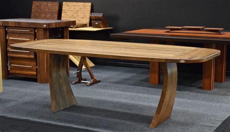 modele de table de cuisine en bois tables en bois signature dion signature stéphane dion