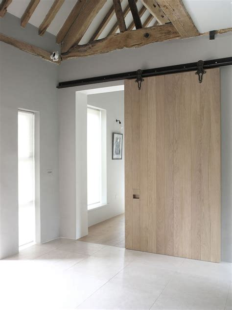Modern Barn Doors by 10 Exles Of Barn Doors In Contemporary Kitchens
