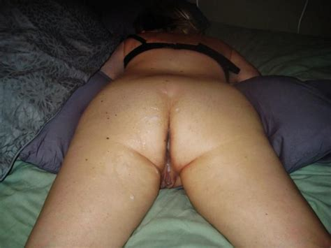 Woman Shows Off Her Well Used And Cum Filled Pussy