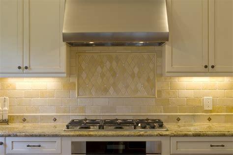 traditional kitchen backsplash chic travertine backsplash in kitchen traditional with
