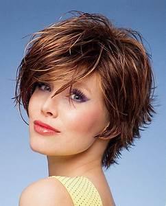 Coupe Courte De Cheveux Femme : modele de coupe de cheveux tres courte pour femme ~ Dallasstarsshop.com Idées de Décoration