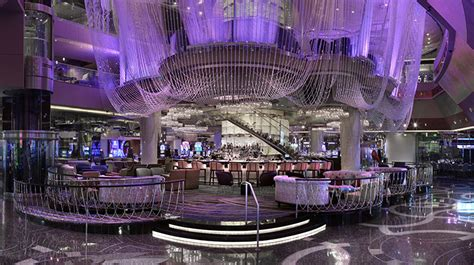 chandelier bar las vegas the cosmopolitan of las vegas las vegas hotels las