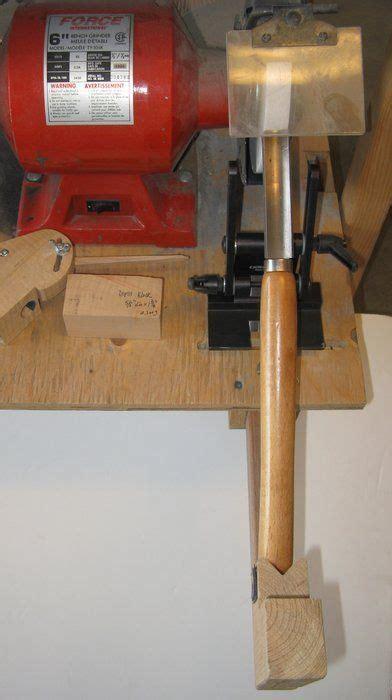 lathe tool sharpening jig images  pinterest wood lathe lathe projects  tools