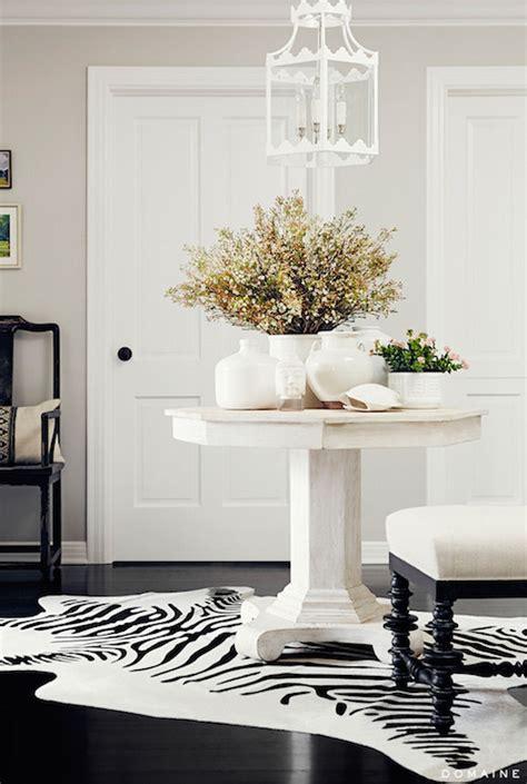 Pedestal Foyer Table by Black Pedestal Table Cottage Entrance Foyer Ken