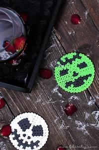 Bügelperlen Wie Bügeln : halloween deko selber machen b gelperlen glasuntersetzer diy blog aus dem ~ Yasmunasinghe.com Haus und Dekorationen