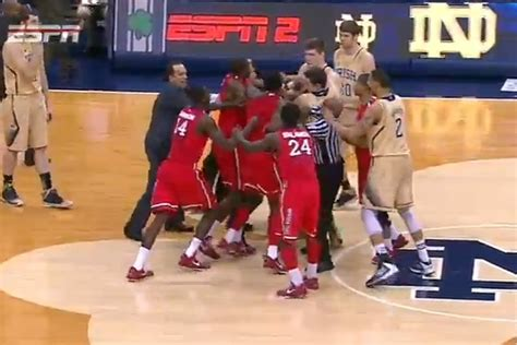 big east brawl st johns  notre dame exchange punches