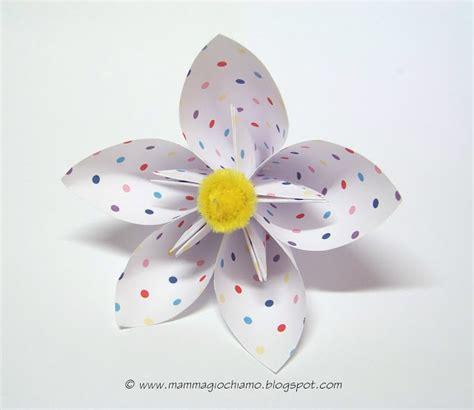 costruire fiori di carta per bambini mamma giochiamo lavoretti di pasqua primavera fiore di