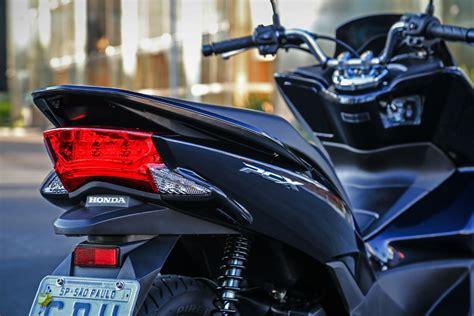 Honda Pcx 2018 Cores by Honda Pcx 2018 Chega Em Novas Cores Auto Di 225 Do