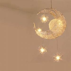 Luminaire Pour Chambre : suspension chambre enfant moderne et design ~ Teatrodelosmanantiales.com Idées de Décoration