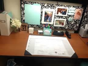 Office Cubicle Organization