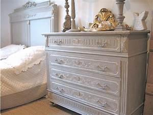 peindre meuble ancien fenrezcom gt sammlung von design With wonderful relooking de meubles anciens 1 les 25 meilleures idees concernant peindre de vieux