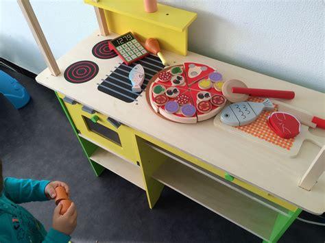 jeux concours cuisine on a craqué pour la gamme de jouets en bois lidl le