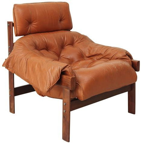 percival lafer lounge chair in original leather at 1stdibs