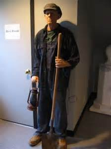 Grave Digger Animated Prop Halloween